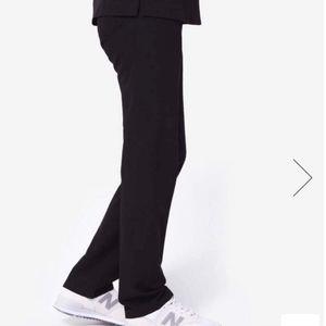 FIGS NWOT Black Livingston Scrub Pants